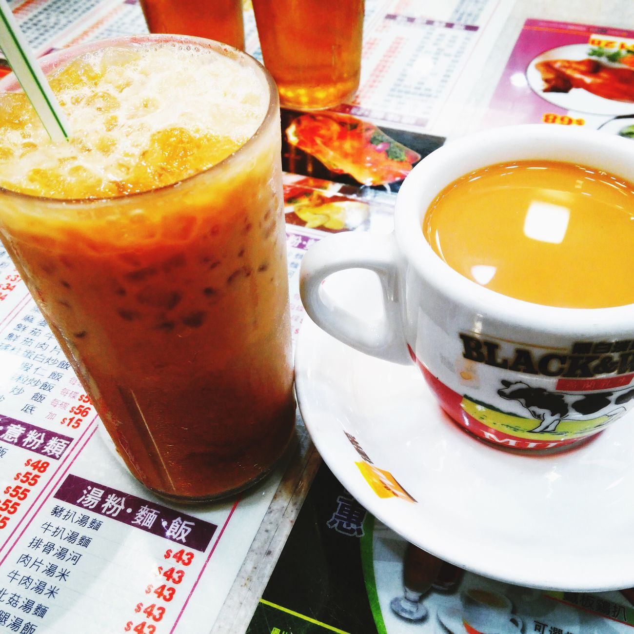Left: Ice Coffee / Right: Hot Milk Tea My Teatime For Today in Hong Kong Style Cafe 港式茶餐廳 Relaxing 香港
