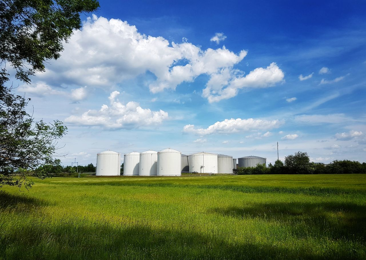 Agriculture Field Cloud - Sky Silo Built Structure Industry Building Exterior No People Architecture Factory My Point Of View Taking Photos The Great Outdoors - 2017 EyeEm Awards Landscape_Collection Landscape_photography Scenics Landscape Beauty In Nature Nature Freshness Lights And Shadows Tree Agriculture Field Green Color