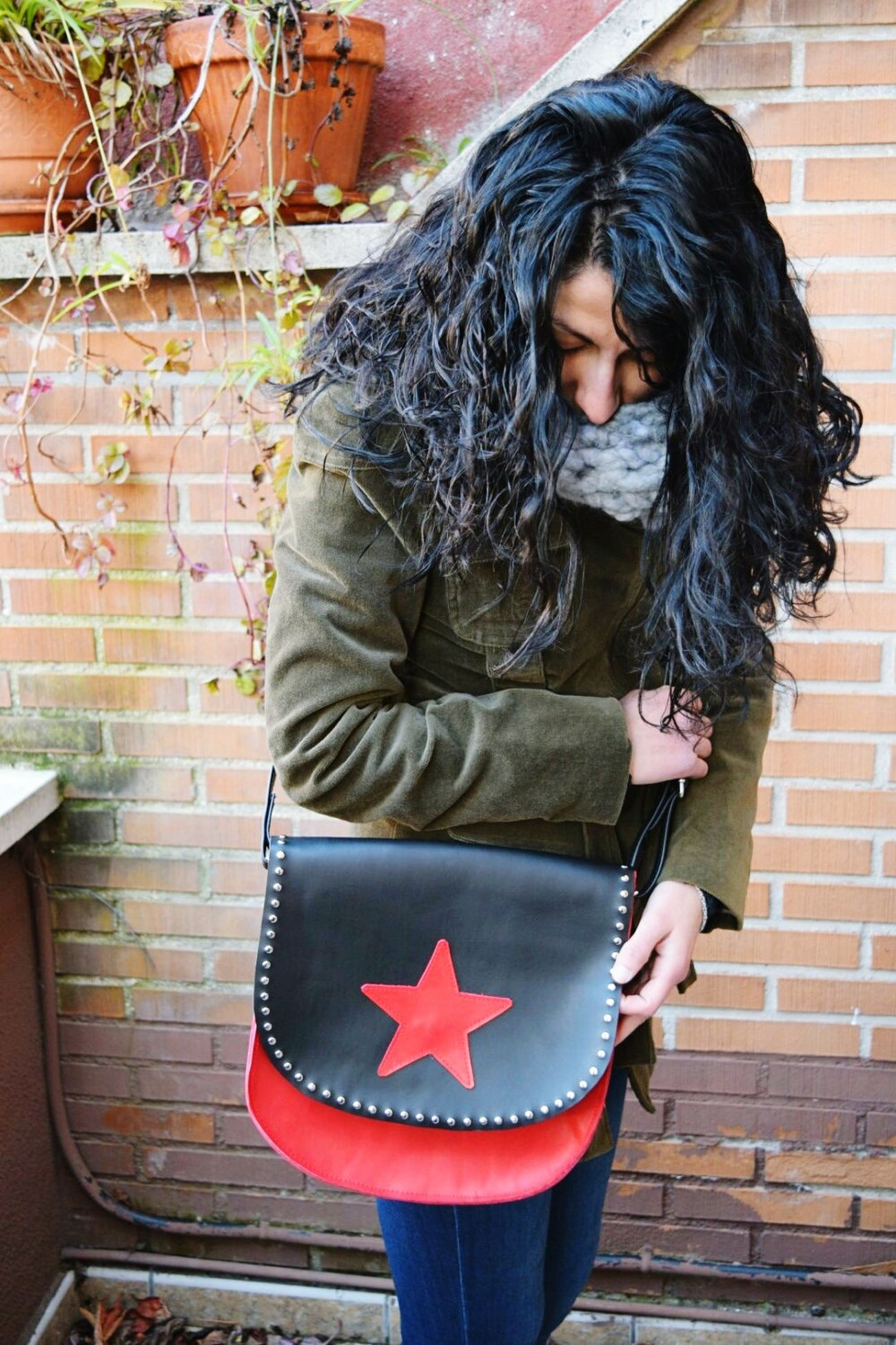 My leather creations. Bellypork.etsy.comStars Leather Craft Leather Handbags Bellyporkshop Etsy Madeinspain Stars Genuine Leather Etsyseller Fashion Accesories Womensfashion Redstar Crossbodybags First Eyeem Photo