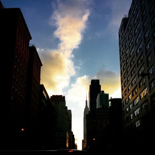 Nycprimeshot Nyclovesnyc Icapture_nyc Nycskyline  Grammaster Manhattan Todaysunrise Sunrise NYC Empirestatebuilding
