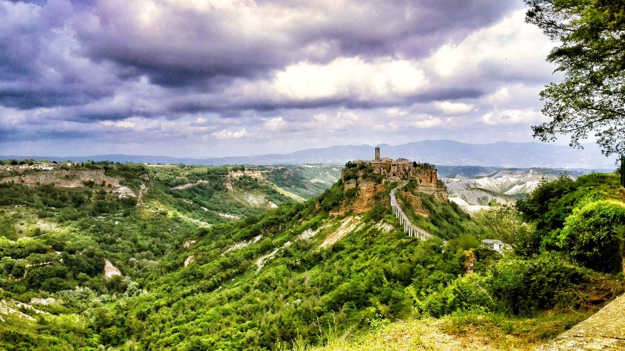 Civita Di Bagnoregio Città Che Muore Cloud - Sky Sky Nature No People Outdoors Day Tree Beauty In Nature Growth Scenics Grass The Architect - 2017 EyeEm Awards The Great Outdoors - 2017 EyeEm Awards Neighborhood Map Live For The Story BYOPaper! EyeEmNewHere