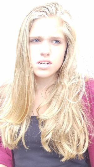 Love ♥ Model Status Serious Face Blond Girl Up Close & Personal Daughter Girl Beautiful Blue Eyes Mouth Open Long Hair Lovely Girl
