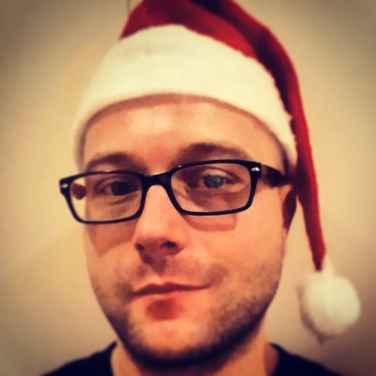 Boldogkarit Boldogkarcsit Karacsony Christmas Mikulassapka Vuvuzella