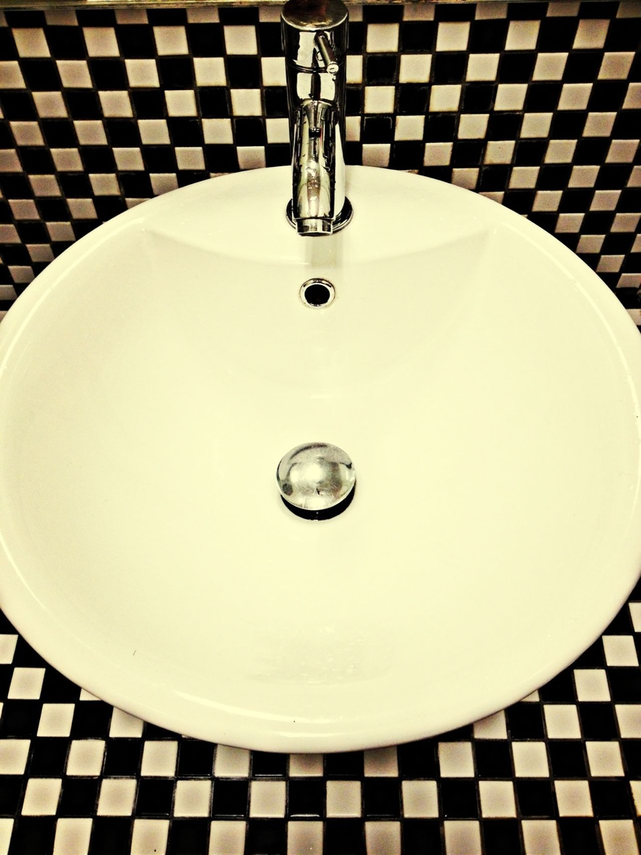 Blackandwhite Tiles Bathroom Frame It!