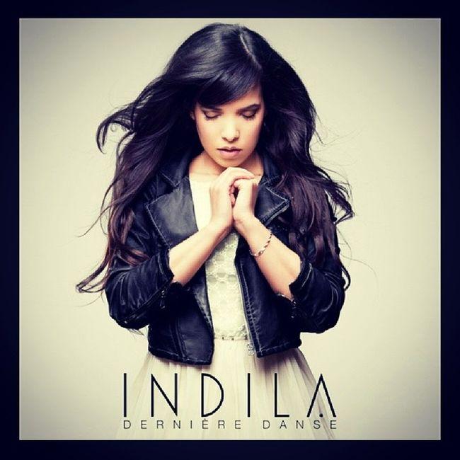 Indila Unevoix 200 %girly Hyptnotique ! J 'assume mon choix d'oreilles même si c'est Chelou !