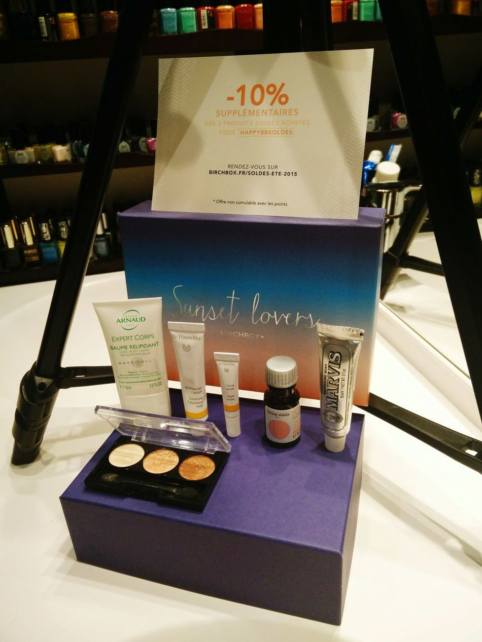 Birchbox Sunset Lovers Beauty Box Skincare Eyeshadowpalette The Fashionist - 2015 EyeEm Awards In My Bathroom Enjoying Life Beauty Products Picoftheday