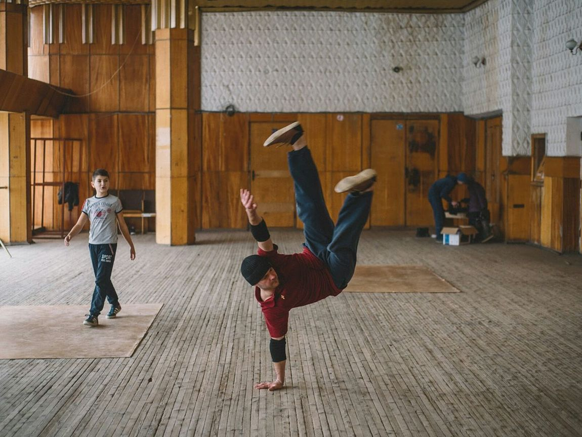 Break dance lesson for kids at House of Culture of Ceadir-Lunga. Gagauz Autonomy. Moldova Breakdance Breakdancing Dance Gagauz Yeri Moldova