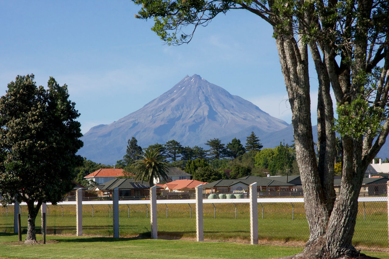 NZ New Zealand Thiscouldbenewzealand Nature Vulcano Nils Nowacki Mountain Outdoors Nz North Island Mount Taranaki