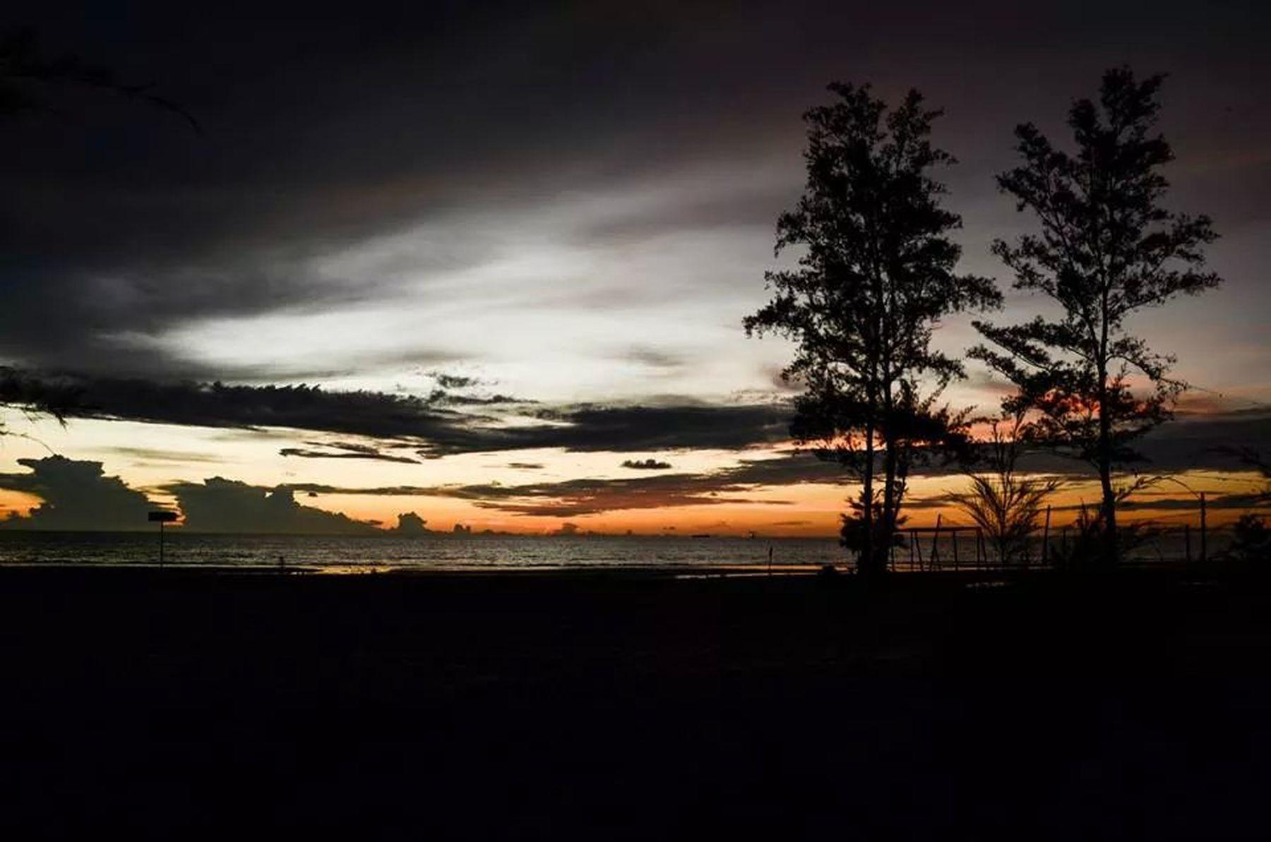 underexposed. Sarawak The Explorer - 2014 EyeEm Awards Travelphotography Sunset