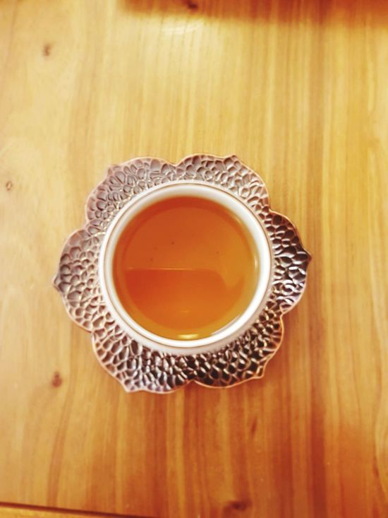 EyeEm Selects Tea Cup Food And Drink Drink Refreshment Japanese Tea Cup Indoors  Table High Angle View Tea - Hot Drink No People Freshness Healthy Eating Wood - Material Chinese Tea Oolong Tea Green Tea ❤️