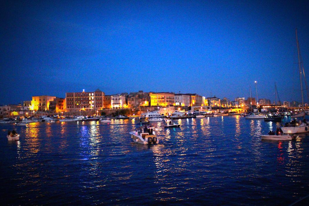 Taranto Patronsaint Seaside Oldtown Warmlights Lightsreflection Hello World Apúlia Boat Sunset Landscape Landscape_photography Landscape_Collection Landscapes Landscape_captures