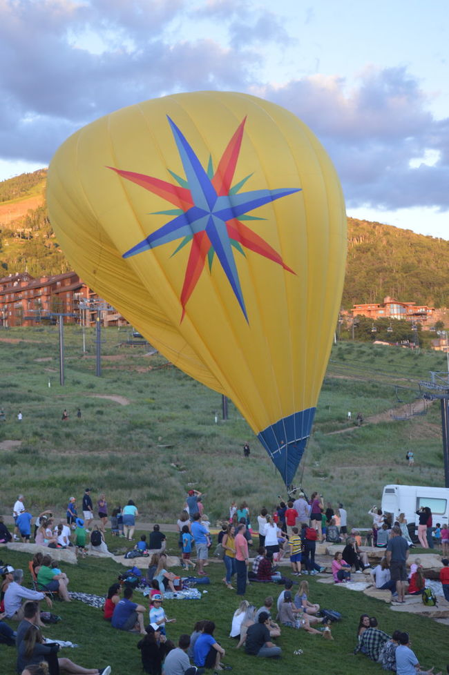 Crowd Hot Air Balloon Hot Air Balloon Festival Multi Colored Small Town Event Steamboat Steamboat Resort Steamboat Springs Summer Summer Event Showcase July