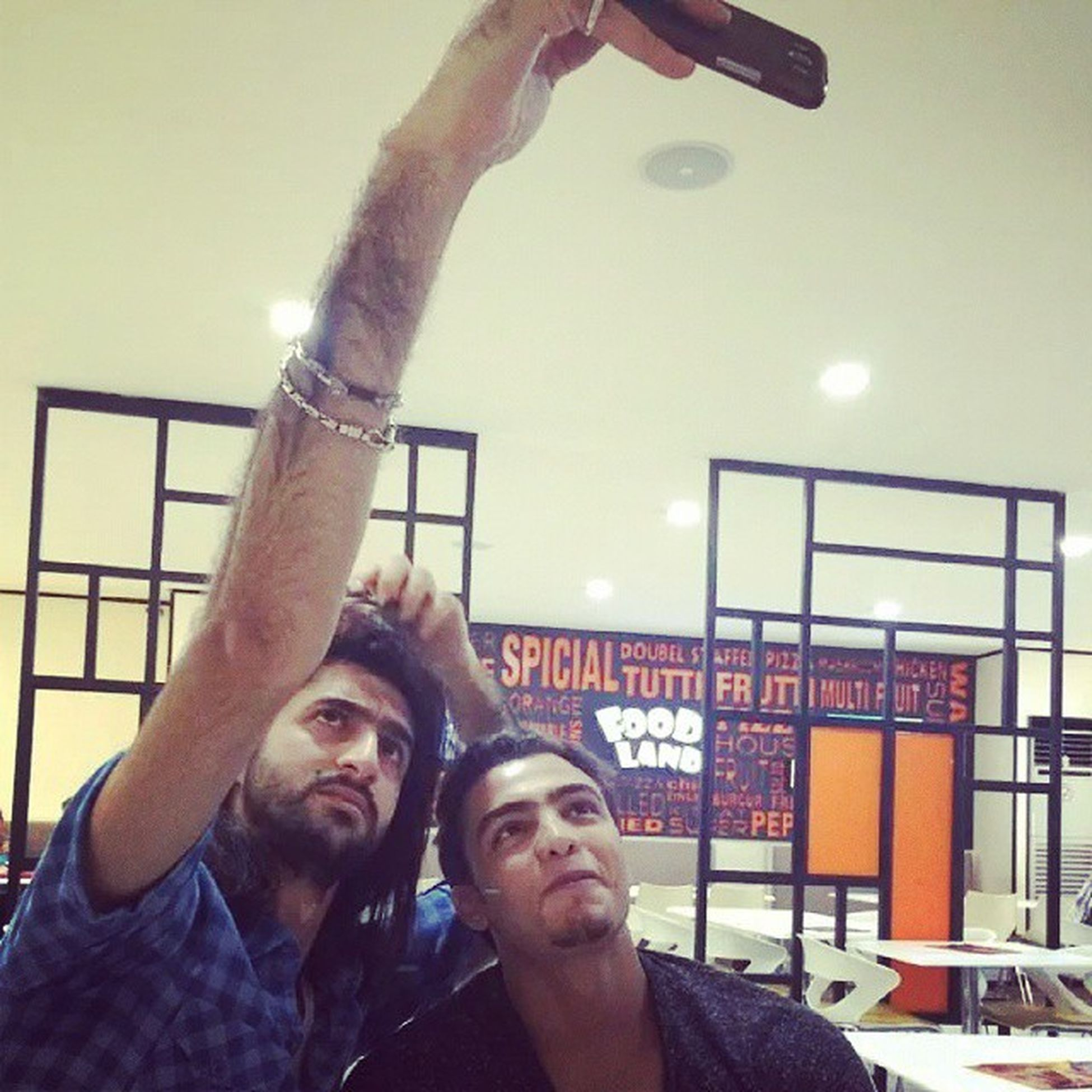 ^~^ Happytime Happy Handsome Photo Photographer guys selfie .... ^~^
