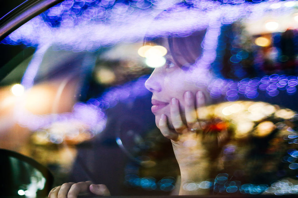 Xmas time has arrived! Let's enjoy the good moments together :) Celebration Christmas Christmas Lights Christmas Time Christmastime Colorful December Decoration Defocused Happiness Illuminated Light Lights Merry Christmas! My Year My View Night Nightlife Outdoors Portrait Portrait Of A Friend Portrait Of A Woman Portrait Photography Portraits Women Xmas