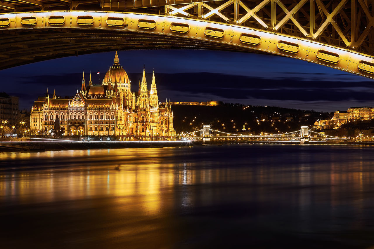 Architecture Bridge Budapest Building Exterior Built Structure Capital Cities  City City Life Cityscape Geometry Hungary Parlament Budapest Budapeste Hungary Hungria Gold River Tourism Waterfront