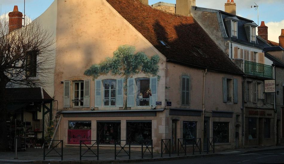 Architecture Architecture Commerciale Architecture Rurale Building Exterior City Life Clame Exterior Fleuristerie Historic Outdoors Perspective Residential Structure Trompe-l'œil Wall