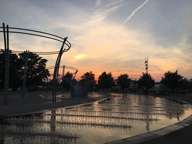 Summer2016 Sky Sunset Water Water Reflections Circle Orange Color Columbus, Ohio Columbus Fountain Fun