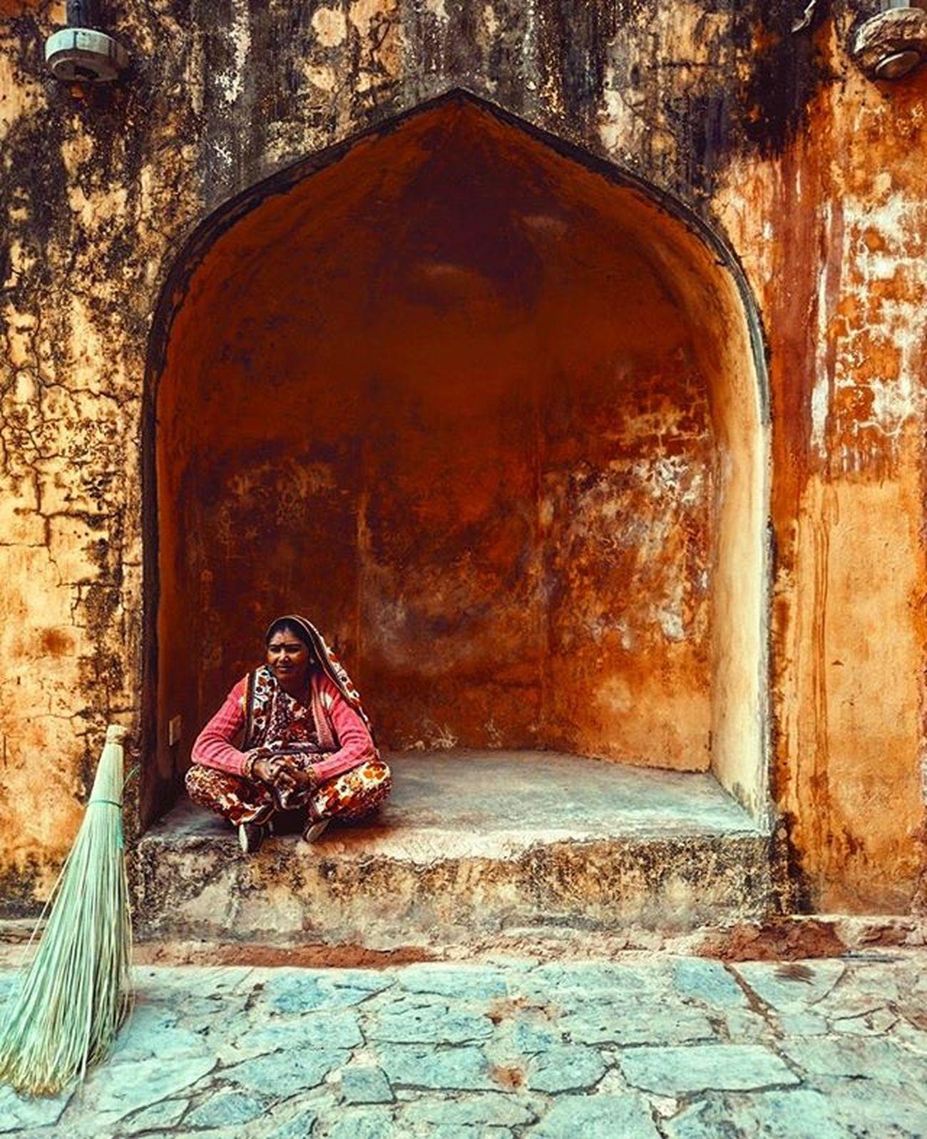 Breaktime. Emberfort India Jaipur Kingpalace Rajshtan Travelphotography Travel Traveler Breaktime Instagram Beautifuljaipur Instadaily Rarecation
