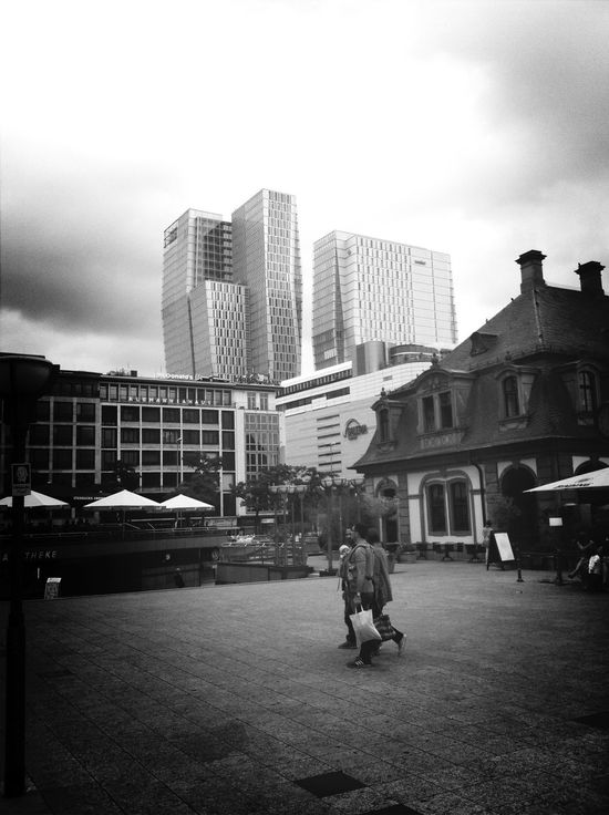 Frankfurt Am Main Blackandwhite Streetphotography Walking Around