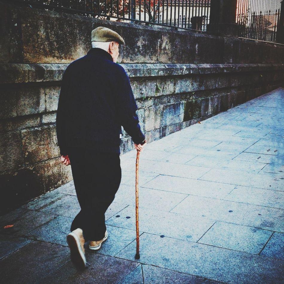 Old men, Pontevedra, 2013. iPhone5. Shootermag