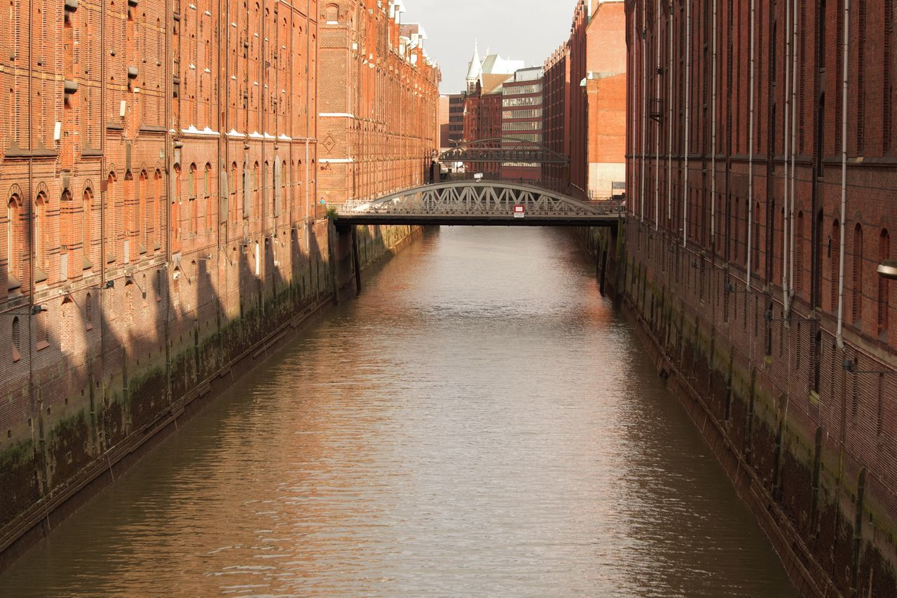 historic Architecture Bridge Bridge - Man Made Structure Building Exterior Canal City Day Hamburg Historical Building Historical Sights Light And Shadow Long Narrow No People Old Town Outdoors Pentax River Speicherstadt Hamburg Sunny Sunny Day The Way Forward Water Waterfront