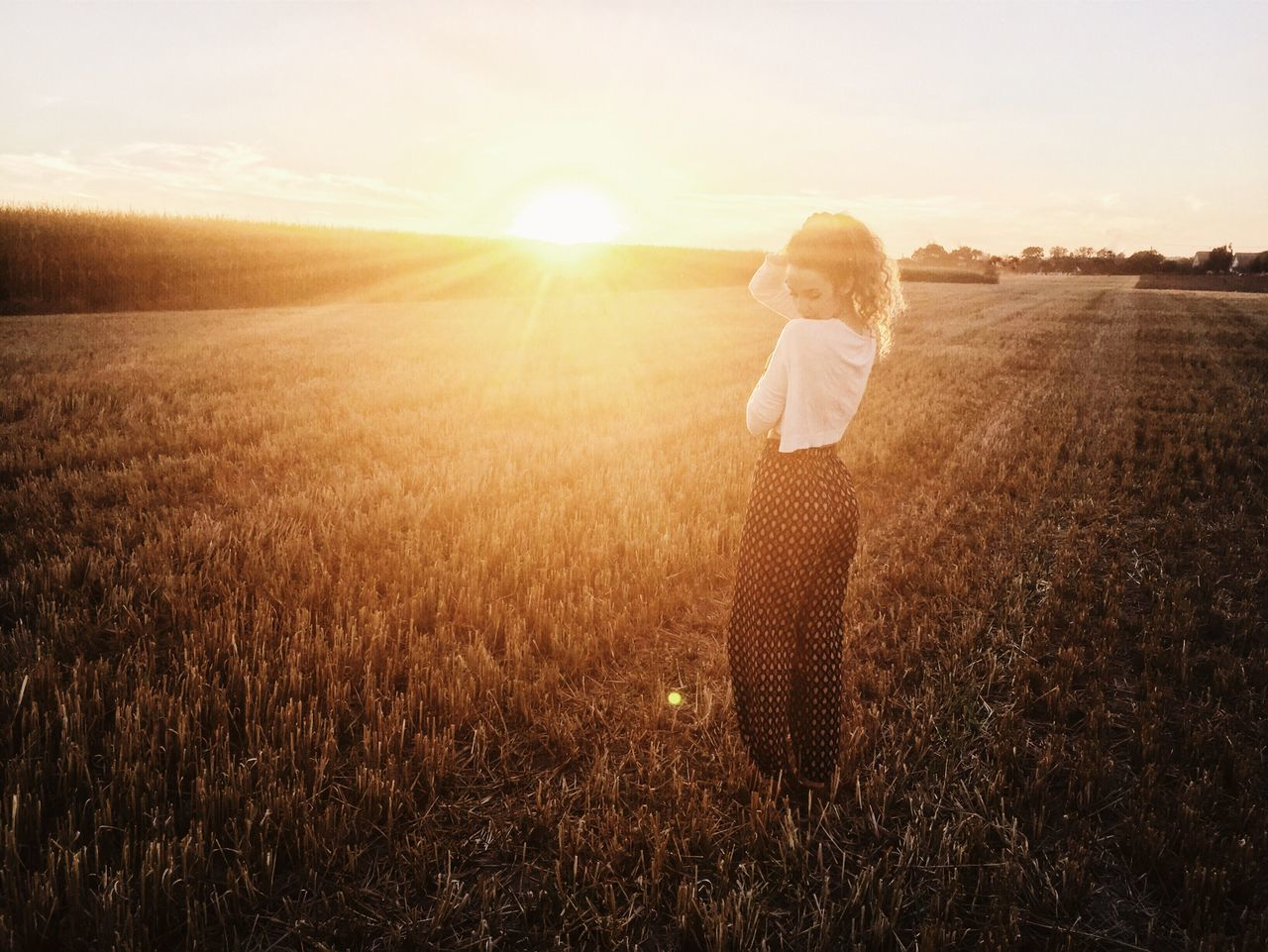 Beautiful stock photos of sunset, 20-24 Years, Agriculture, Beauty In Nature, Casual Clothing
