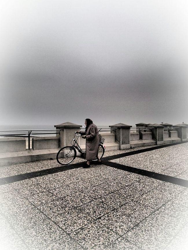 woman at borkum, original shot with filter