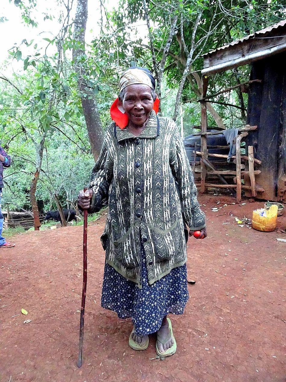 Lady of kenya Smiling Kenya
