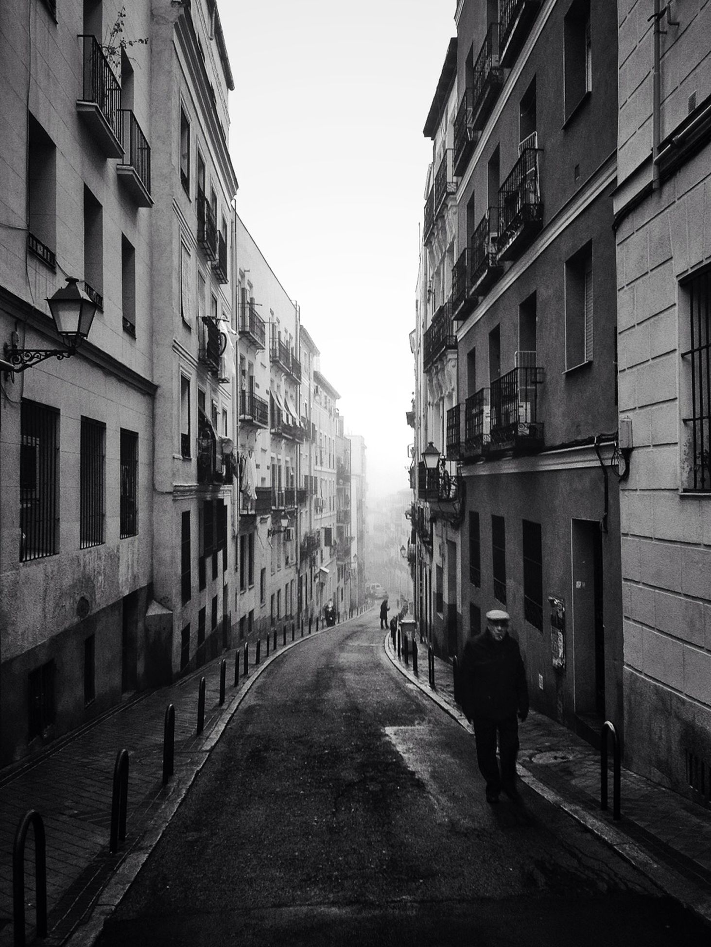perspective, narrow, the way forward, city life, leading, exterior
