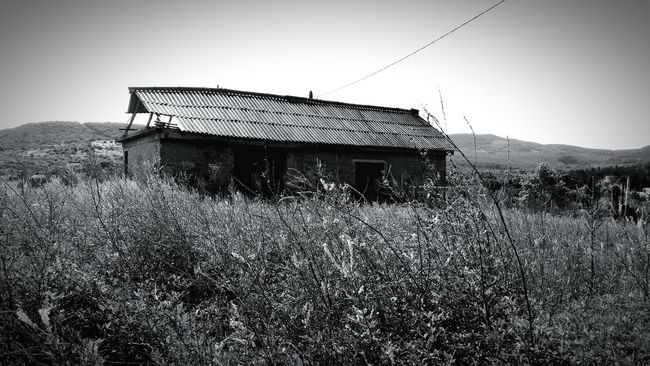 Haunted Haunted House Abondoned Buildings Abondoned Abondened Places Outdoors No People Creepy Scary Ghost Town