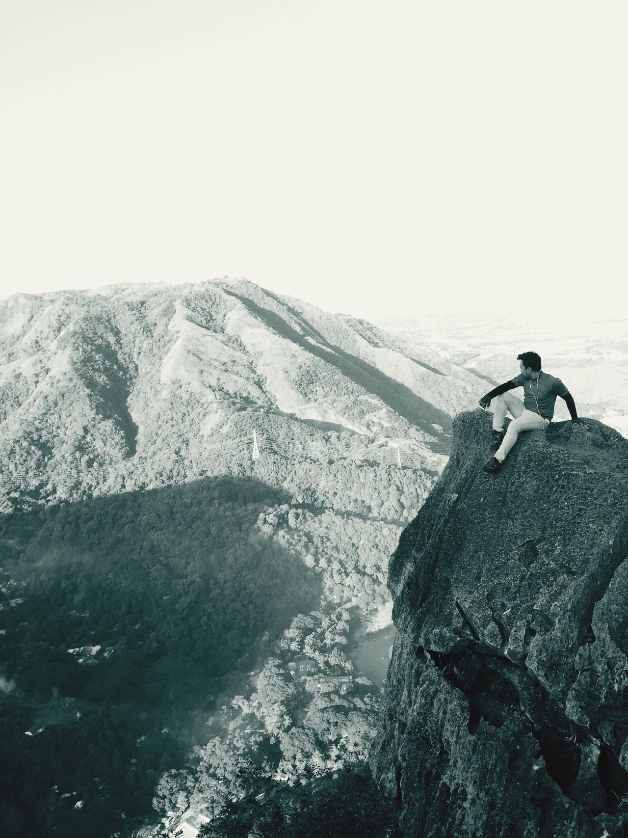 Mountaintops Alone Time Mountainrocks Rockpeak Cliff Edge Live For The Story The Great Outdoors - 2017 EyeEm Awards