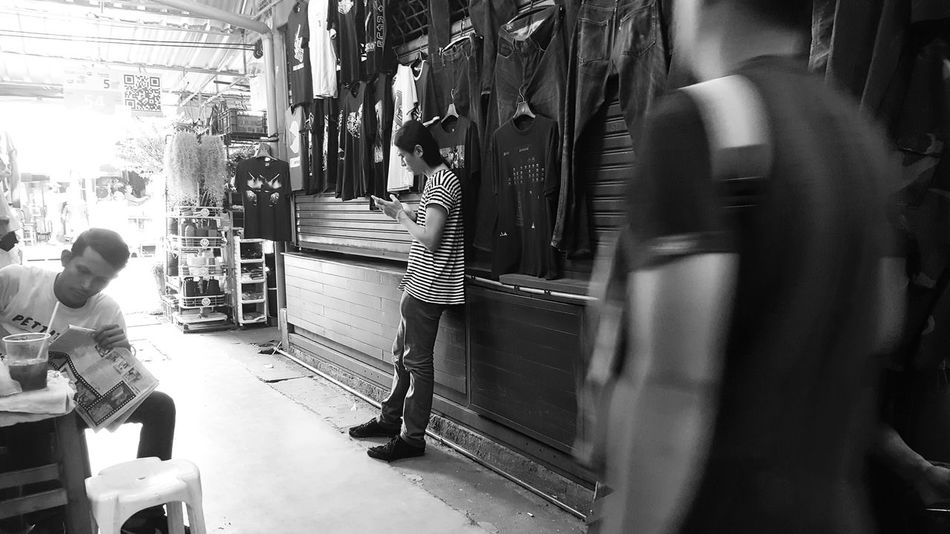 JJ Monochrome. Black And White Photography Monochrome Jjmarketthailand Streetphotography Bangkok