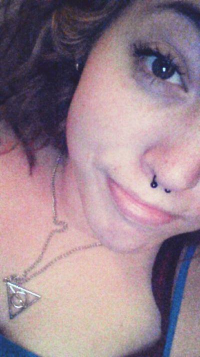 Weird smiles. :3 No Make-up . Idgaf. Pale Skin Selfie Update Smile ✌ Gahh