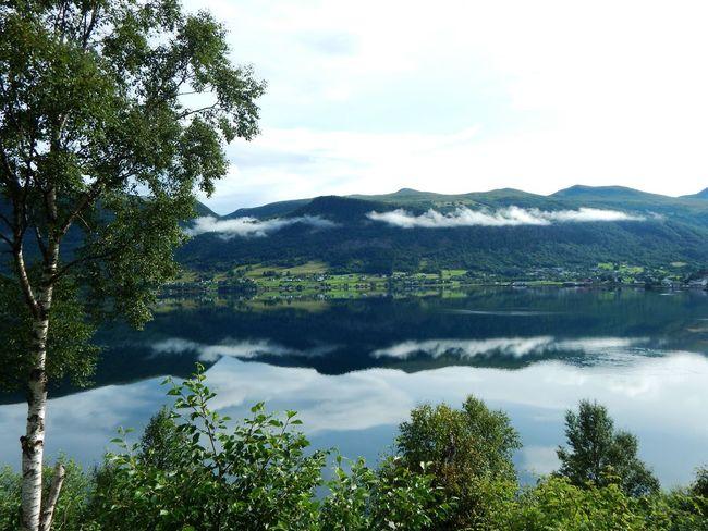 Peaceful Morning Norway Water Fjørd Scenics Mountain Range Cloud - Sky Reflection Peaceful Place Eyem Best Shots EyeEm Nature Lover Beautiful Side Of The World Syvde
