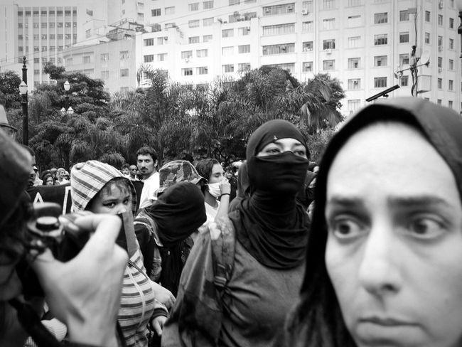 EyeEm Best Shots EyeEm Brasil EyeEm B&w Street Photography Streetphotography Street Photography Black & White Manifestação Manifestation Fotografia De Rua Fotojornalismo Photojournalism São Paulo Brazil Brasil Sao Paulo - Brazil