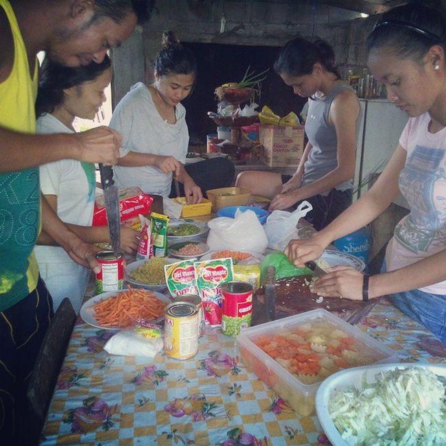 Prepping for BuntodElites' Street Dinner BuntodElites Bugwas Mysticsiquijor