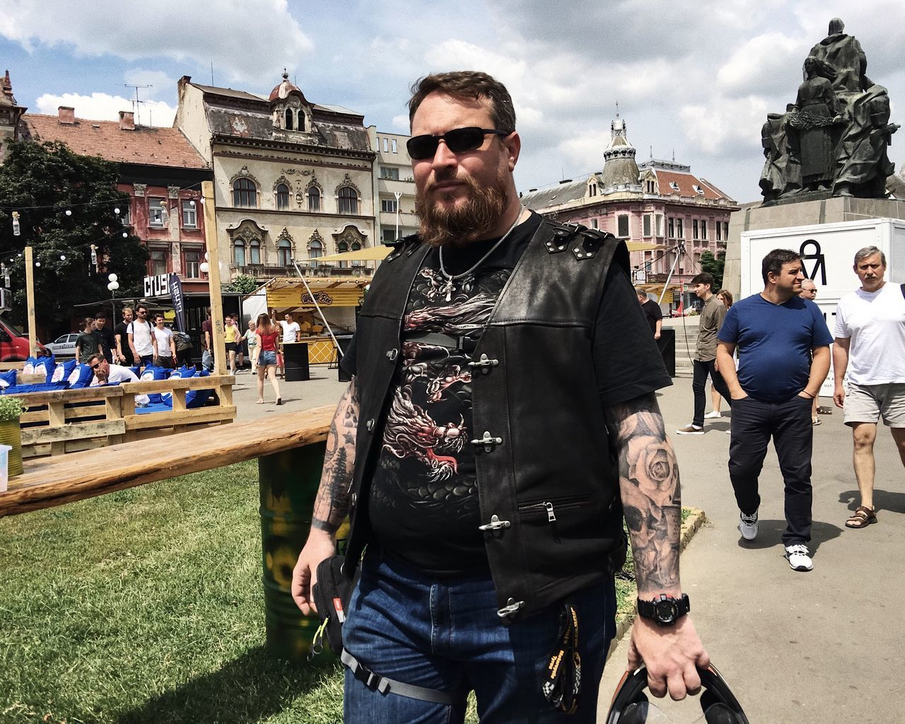 Rocksteady... Sunglasses Casual Clothing Architecture Cloud - Sky Outdoors Mature Adult Leisure Activity City Beard Details Of My Life Street Urban Made In Romania VSCO Lifestyles City Life Street Fashion Young Adult People Fashion Building Exterior Cool Summer Tattoos Tattooed