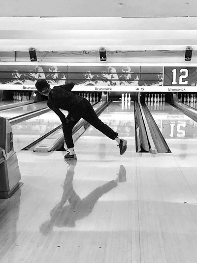 How many did I get? Bowling Real People Full Length Skill  Lifestyles Day Sport Men