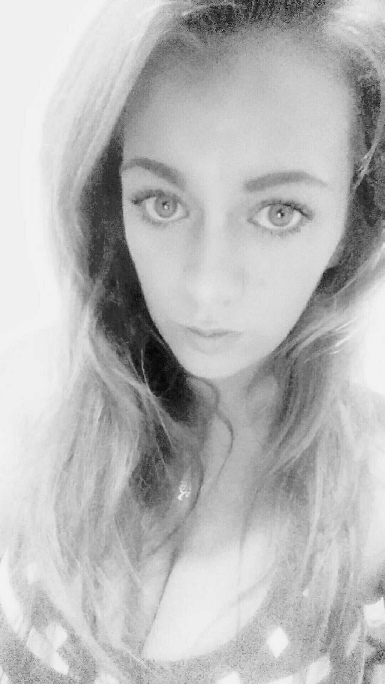 Blackandwhite Muah  That Body Hello World Like This Good Morning Cheese! Rocking All Natural Laying Down Thank You My Friends 😊 Hanging Out Taking Photos That's Me Relaxing Hi! Bored Snapchat Check This Out Girl Those Eyes Sara Enjoying Life Winning Me