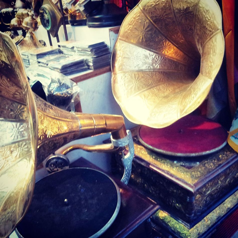 """music of life"" Vintage Shopping Vintage Delhi"