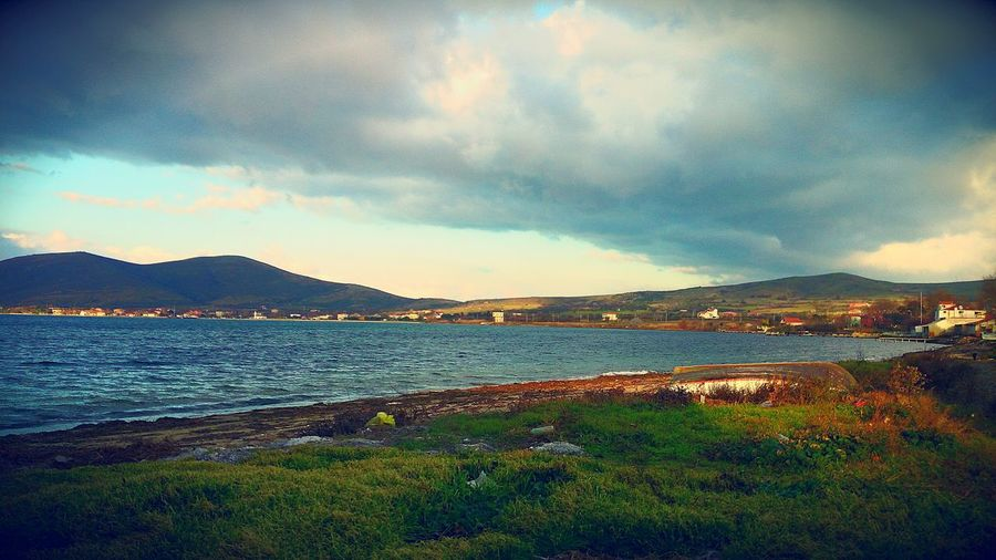 Sea Outdoors No People Nature Tranquility Beauty In Nature Cloud - Sky Sky Tranquil Scene Scenics Day Water Mountain Sun_collection Sea And Sky Cloud Clouds And Sky Pasalimaniadasi Nature Beauty In Nature Sun Horizon Over Water Travel Destinations Cloudporn Cloudy