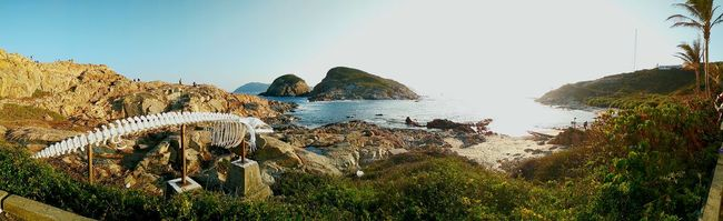 Taking Photos HongKong Ocean Livingthemoment Mountains And Sky Seaside Traveling 鶴咀 Shek O Flowerporn Panoramic Bluesky Sea And Sky Nature_collection Hiking Mobile Photography Rock Formation Rocks And Water Landscapes Ecology Fossils Lifeisbeautiful Hikingadventures Hopeoutdoorgallery Learn & Shoot: Balancing Elements