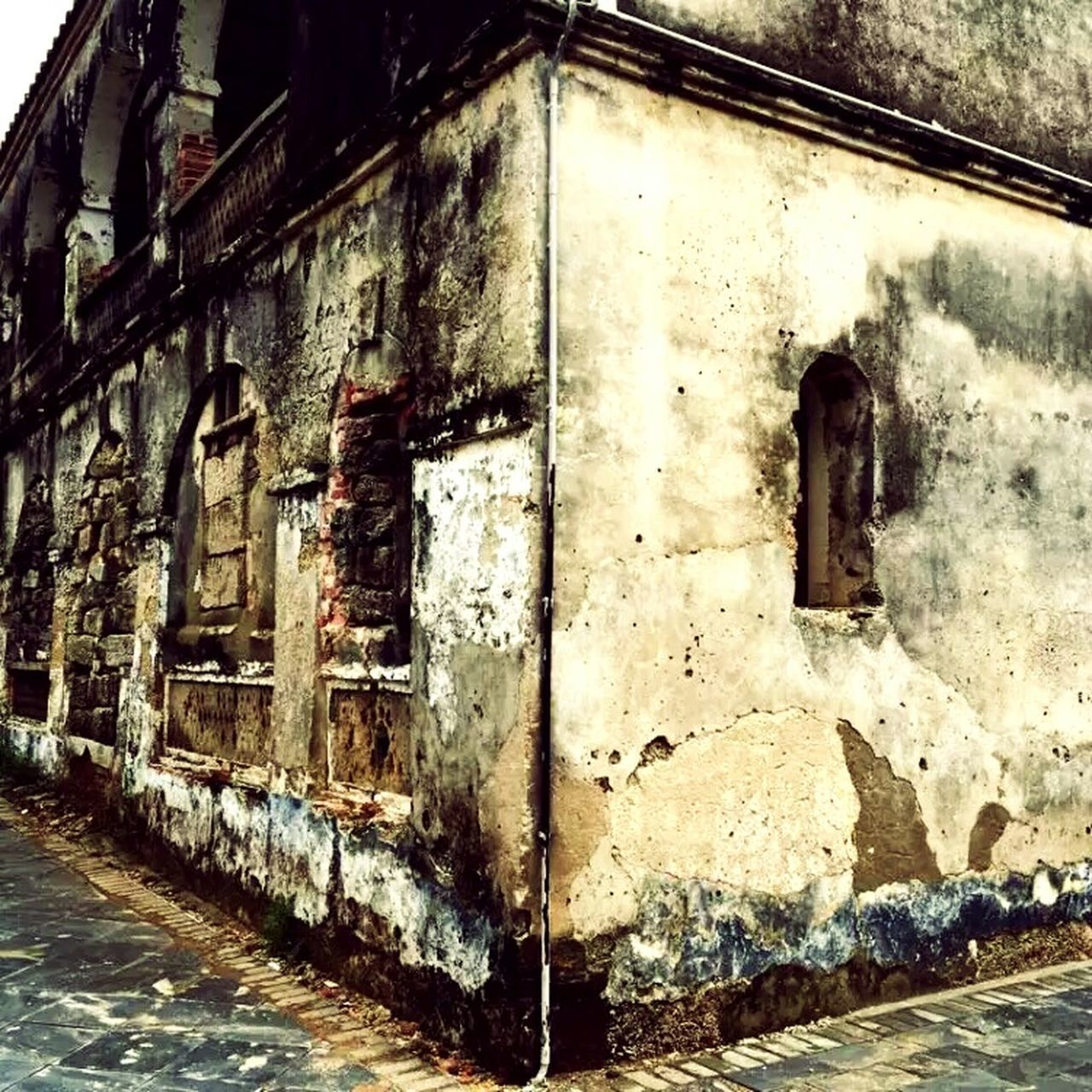 architecture, built structure, abandoned, weathered, damaged, no people, day, building exterior, outdoors, close-up