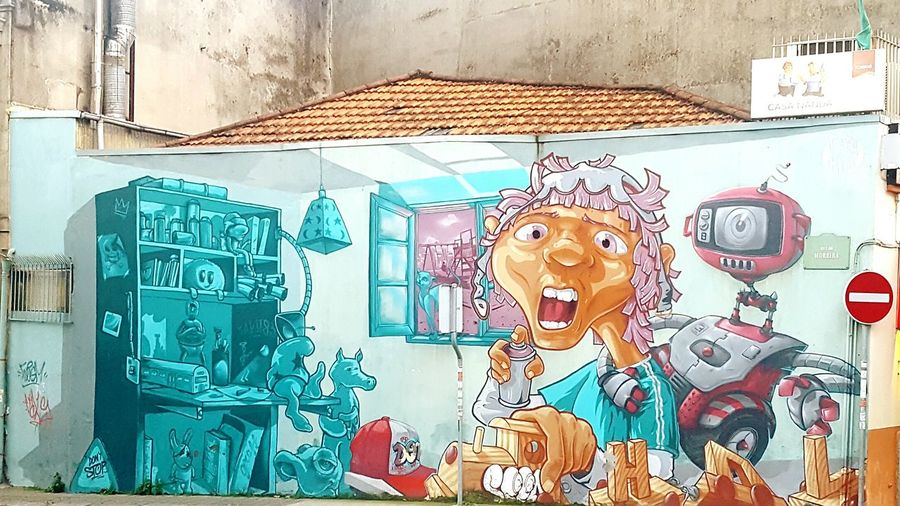 No People Outdoors Day Close-up Best Shots EyeEm Best EyeEm Shot Graffiti Graffiti Wall Graffiti & Streetart BestEdits Showcase 2017 Love To Take Photos ❤ Oporto Portugal Portugaldenorteasul Showcase April Awsome Colorful Streetphotography Street Art/Graffiti