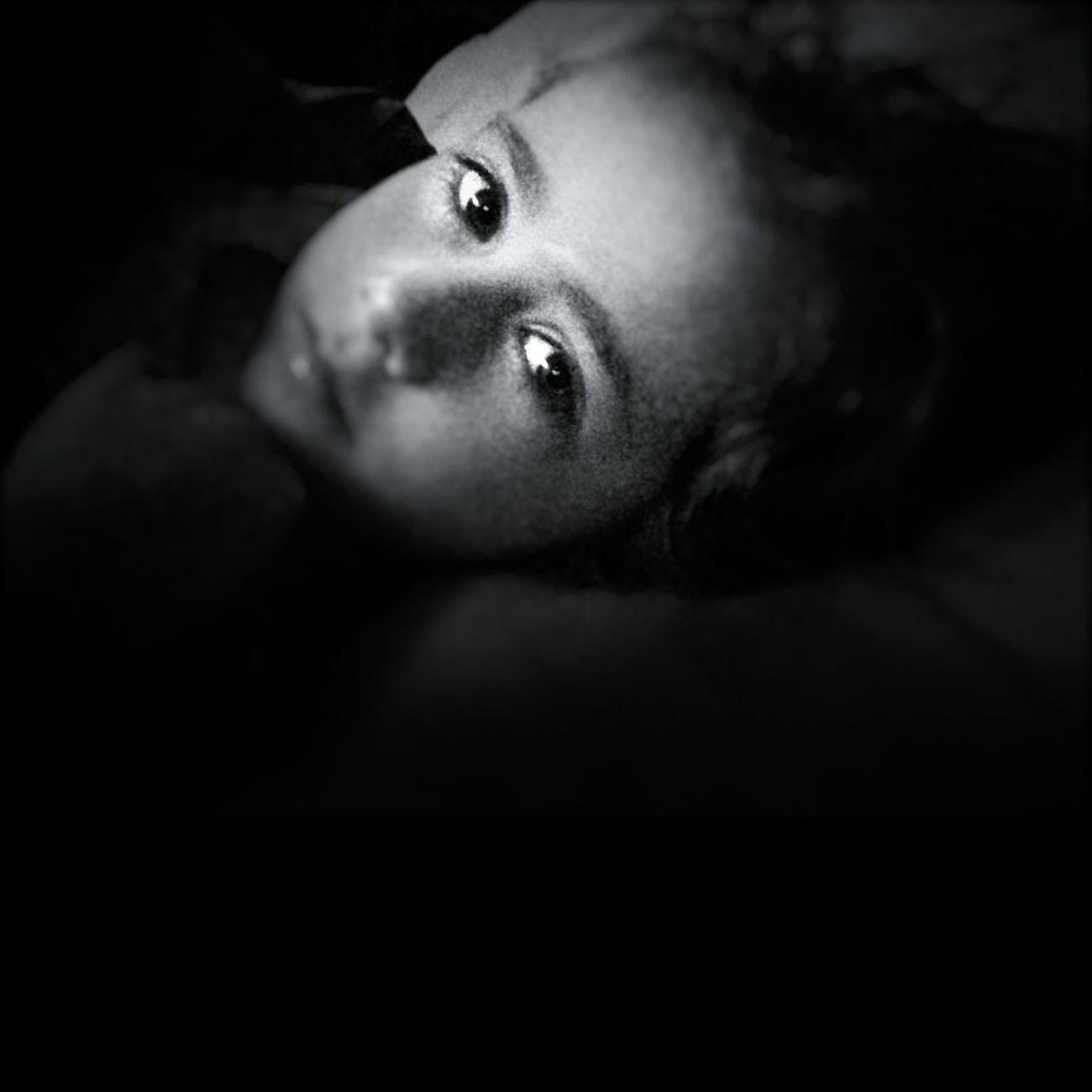 Shootermag Eye4photography  Blackandwhite Beauty Monochrome Portrait