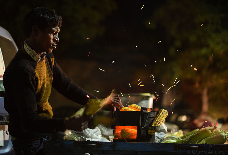 Corns Crisp Fire And Flames Indian Culture  Indian Food People Street Food Street Photography Trails Working Working People Business Stories
