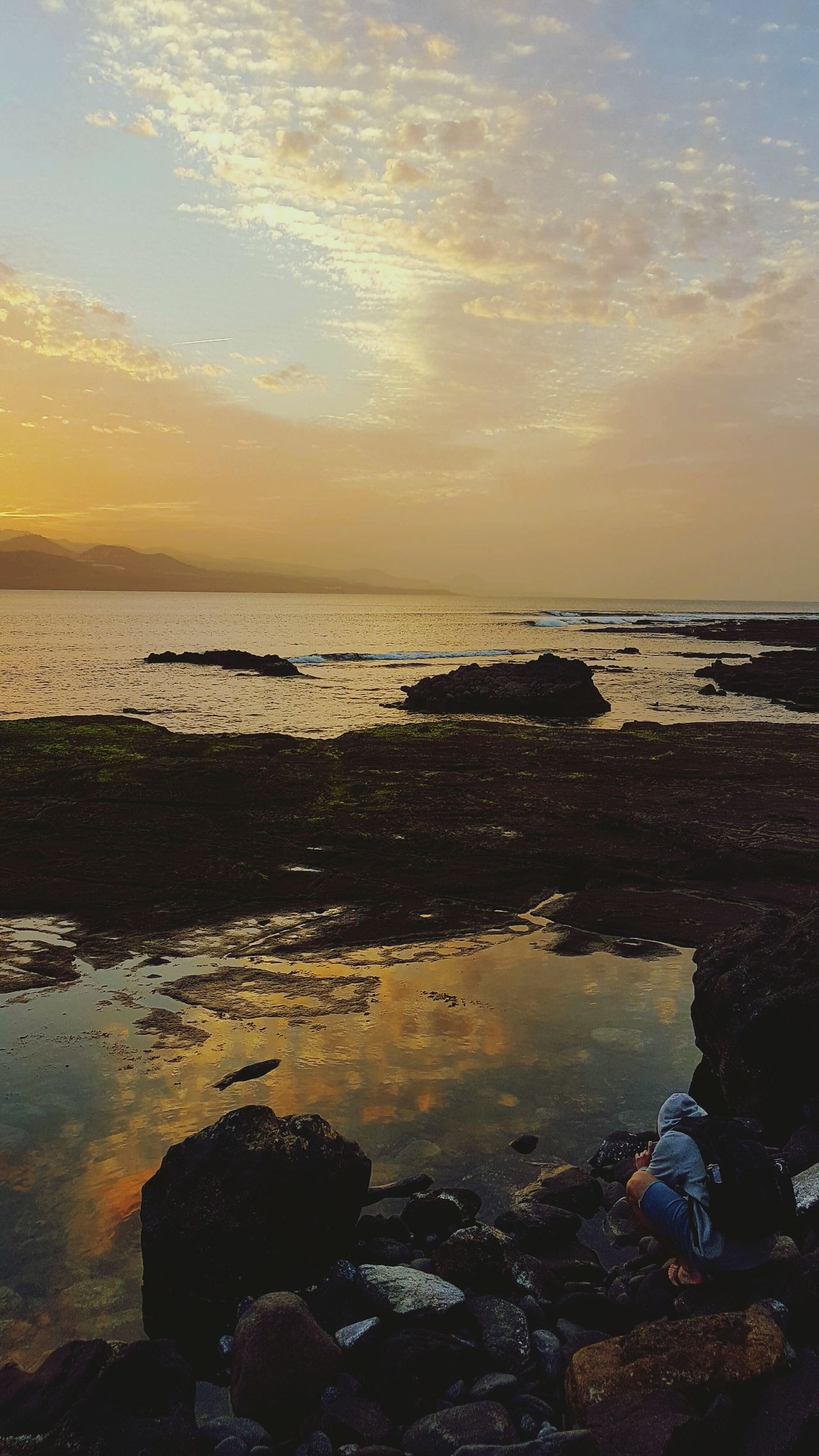 Limited Sunset Reflection Beach Sea Sky Water Nature Scenics No People Outdoors Beauty In Nature Horizon Over Water Day Mountain Road Adventure Ocean Oceanographic