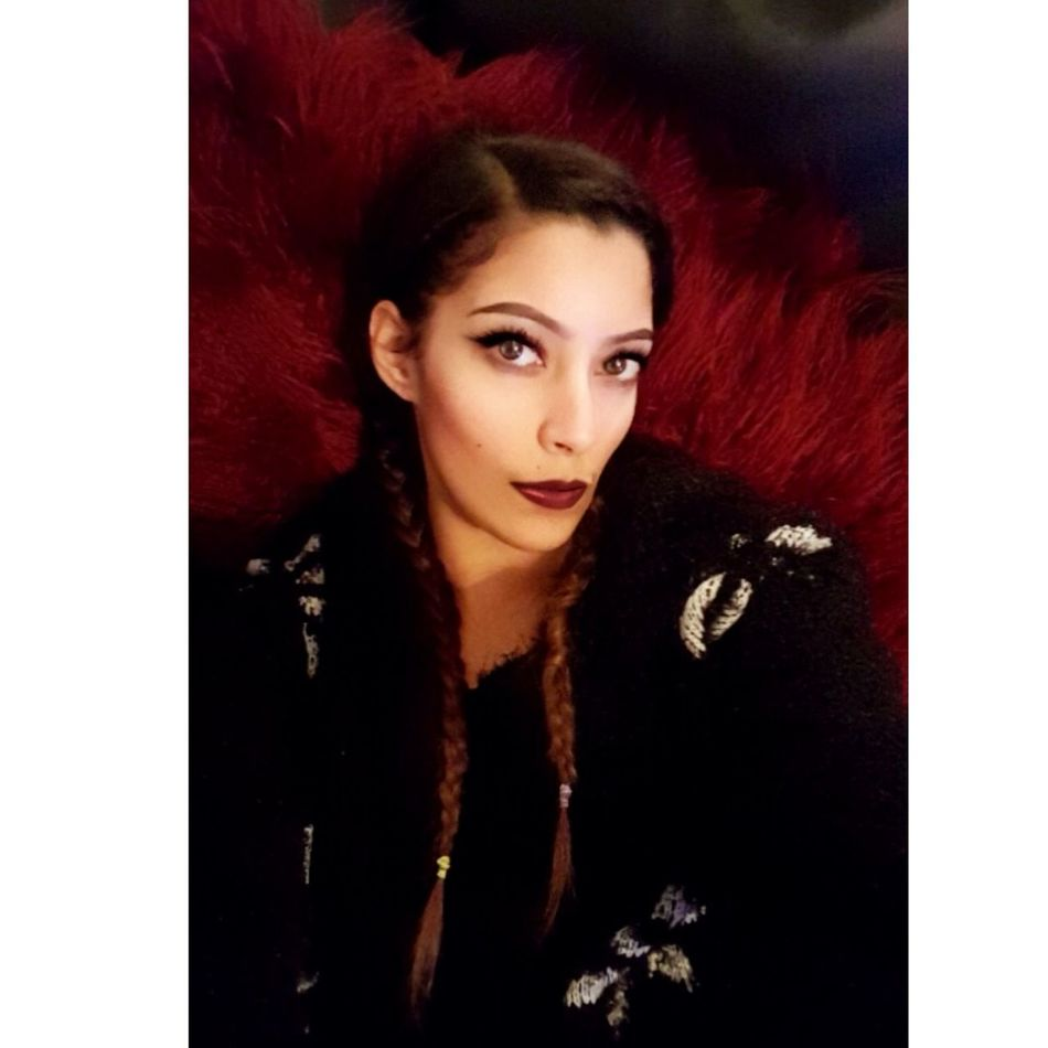 Chilling out Sofatime Relax Selfies JustMe Makeup Braided Hair Thats Me