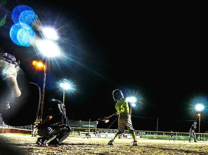 PeeWee Baseball Solid Hit Baseball Night Game Baseball Game