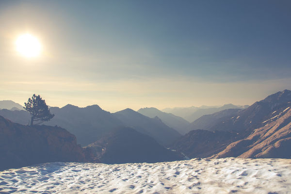 Sunrise over the Pyrenees. Follow me on/Sigueme en: Hiking Pyrenees Alpinism Beauty In Nature Cold Temperature Day Landscape Landscape #Nature #photography Mountain Mountain Range Mountaneering Nature Neouvielle No People Non-urban Scene Outdoors Scenics Sky Snow Sunlight Sunrise Sunset Tranquil Scene Tranquility Winter